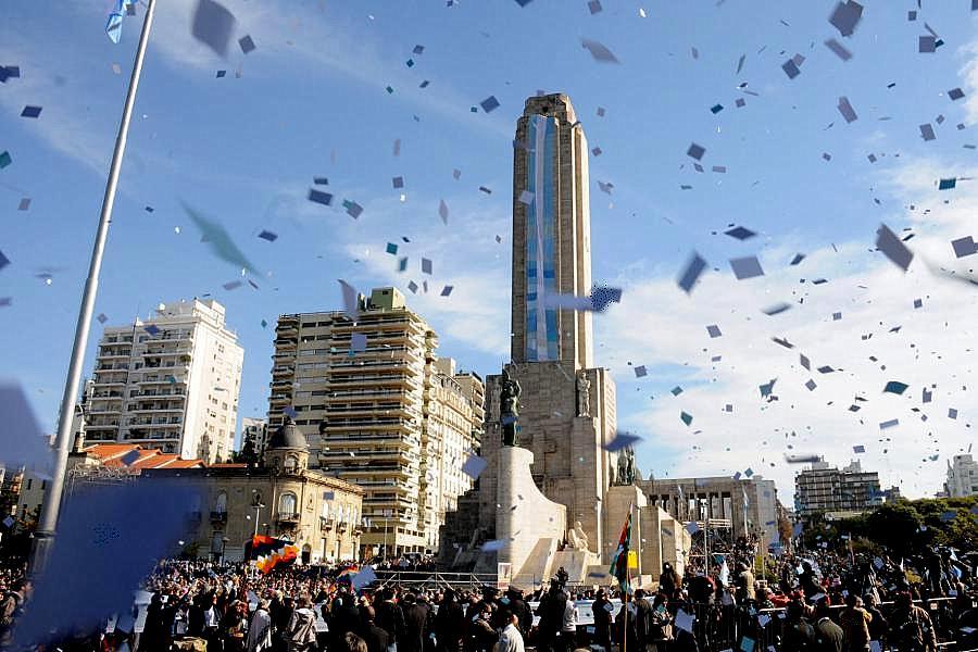 Rosario celebra el Día de la Bandera