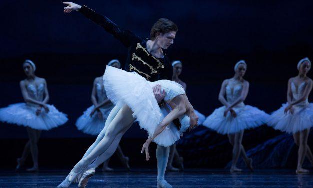 El Ballet Nacional de Rusia presenta El Lago de los Cisnes